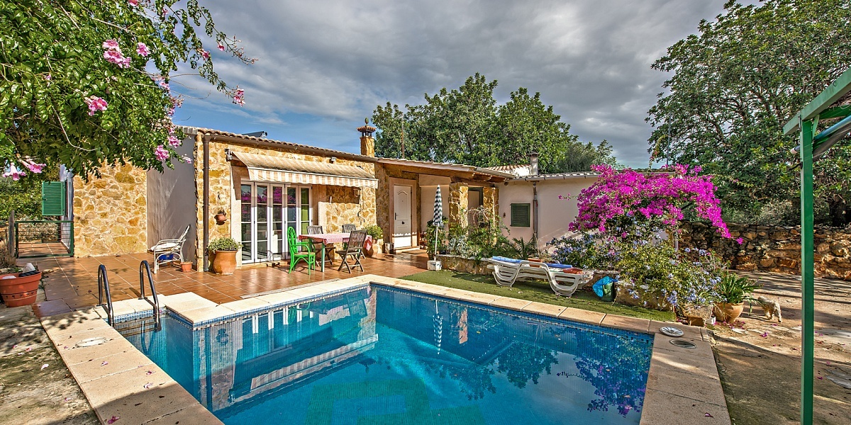 2 bedroom Finca for sale in Llucmajor, Mallorca