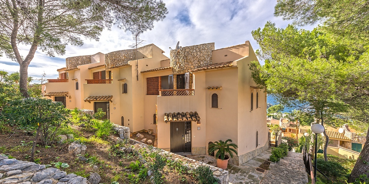 2 bedroom Villa for sale in Santa Ponsa, Mallorca