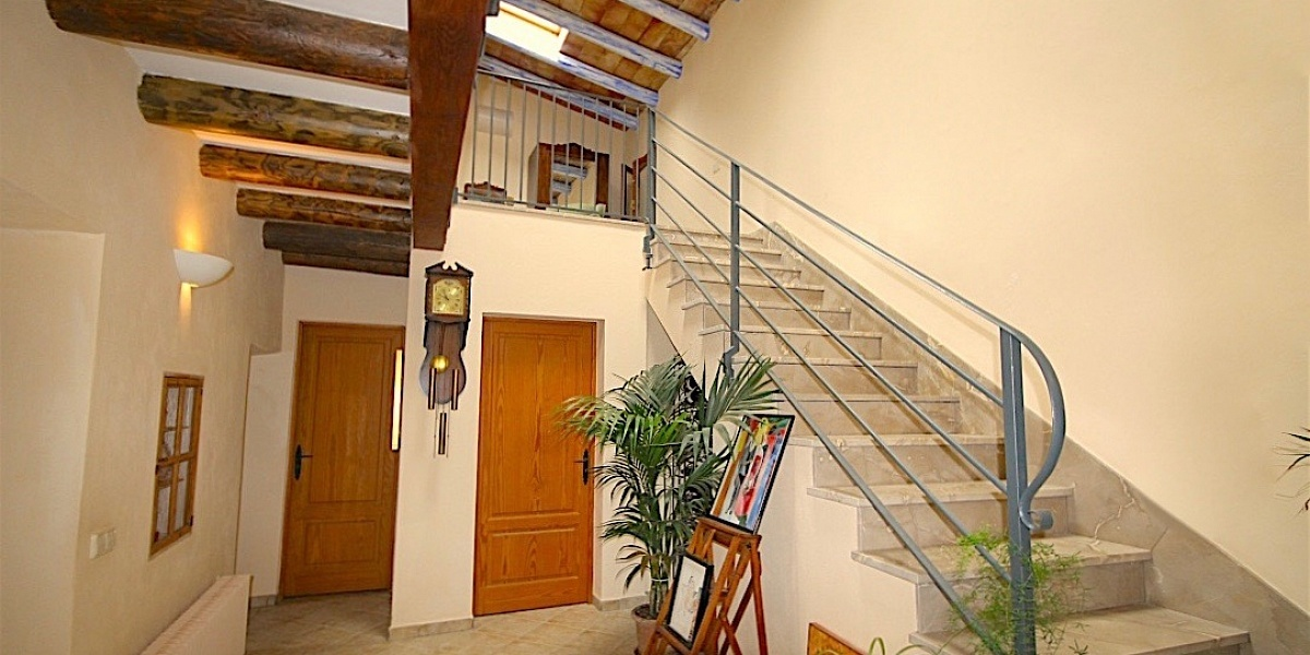 4 bedroom Finca for sale in Santa Maria del Cami, Mallorca
