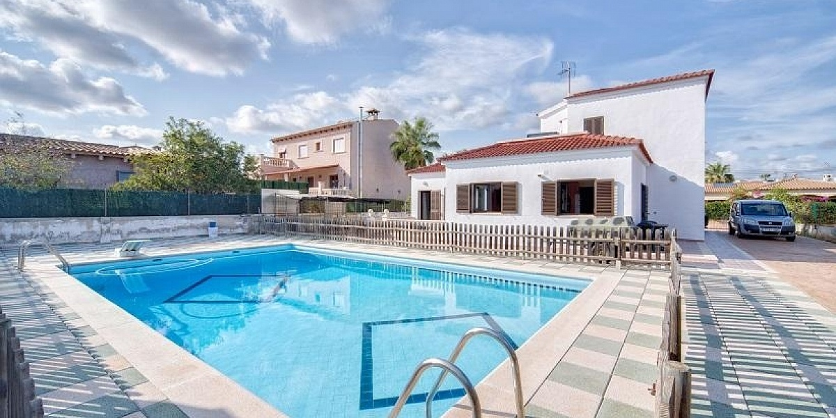 4 bedroom Townhouse for sale in Porto Colom, Mallorca