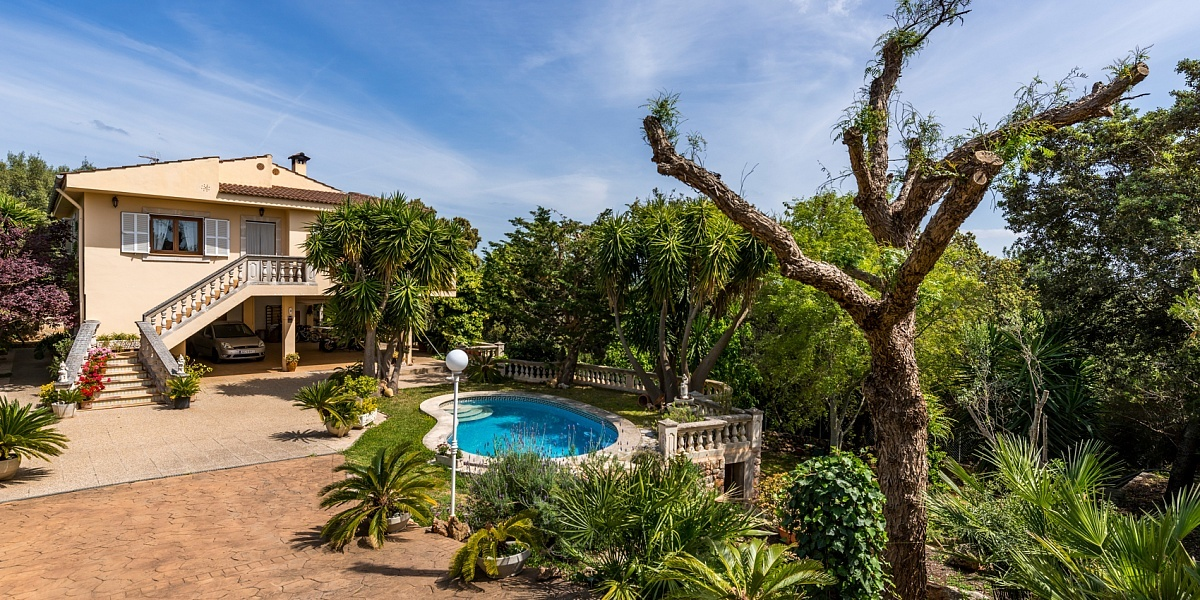 4 bedroom Villa for sale in Palmanyola, Mallorca