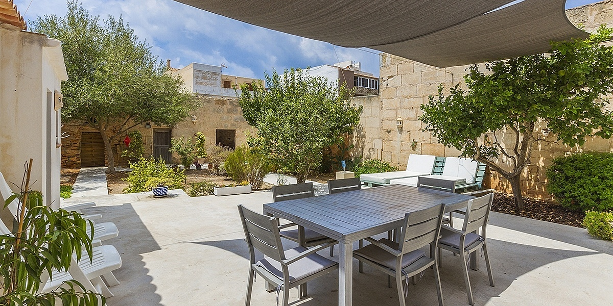 5 bedroom Townhouse for sale in Colonia de Sant Jordi, Mallorca