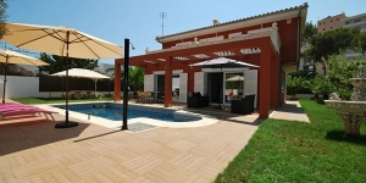 5 bedroom Villa for sale in Palmanova, Mallorca