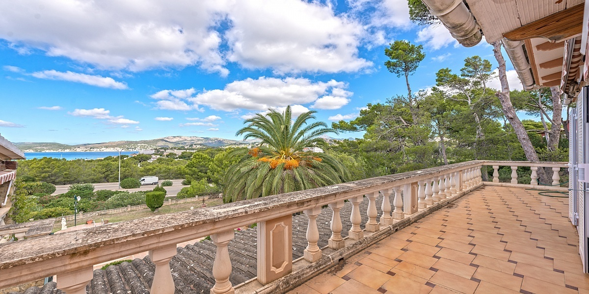 5 bedroom Villa for sale in Santa Ponsa, Mallorca