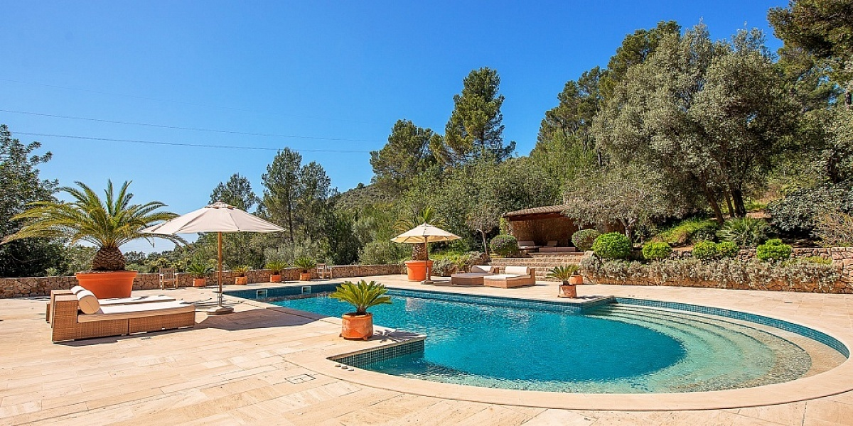 6 bedroom Finca for sale in Esporles, Mallorca