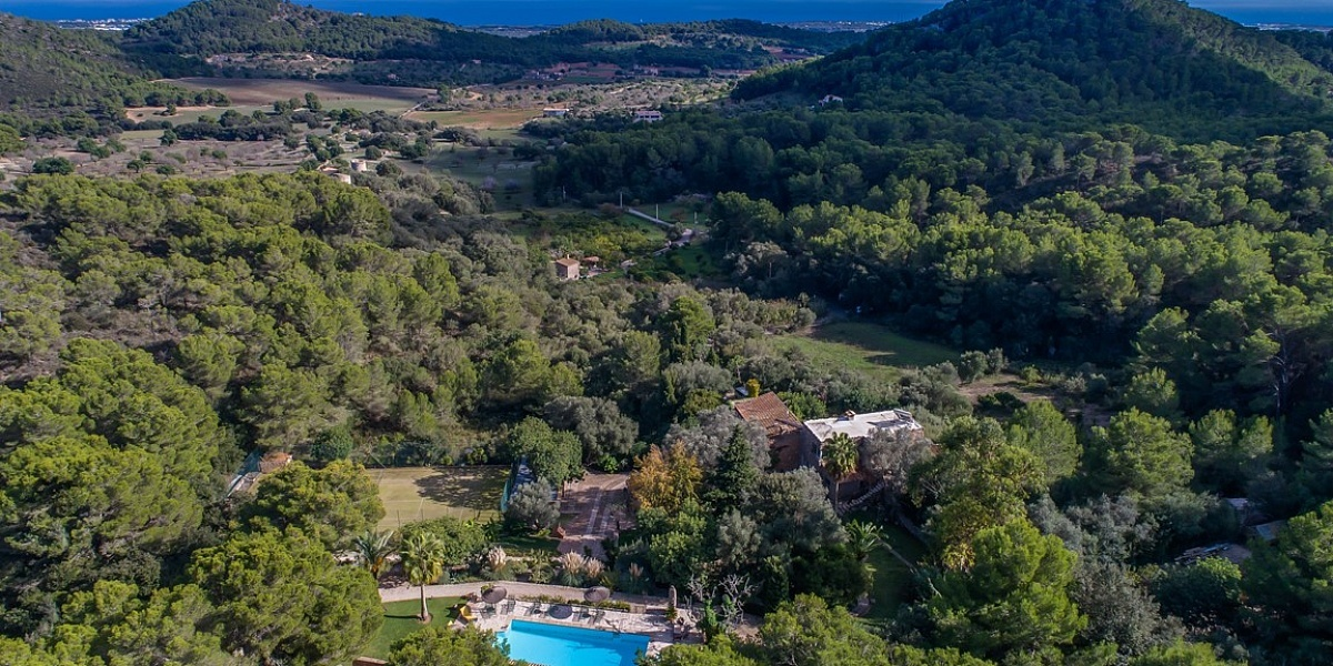 8 bedroom Finca for sale in S´Horta, Mallorca