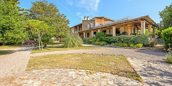 10 bedroom Finca for sale in Establiments, Mallorca
