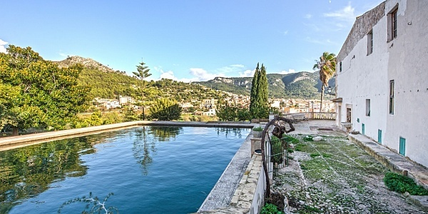 10 bedroom Townhouse for sale in Andratx, Mallorca