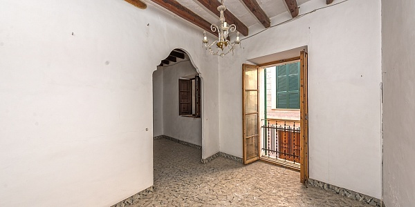 10 bedroom Townhouse for sale in Porreres, Mallorca