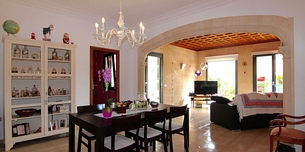 11 bedroom Townhouse for sale in Santa Maria del Cami, Mallorca