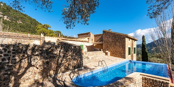 14 bedroom Finca for sale in Valldemossa, Mallorca