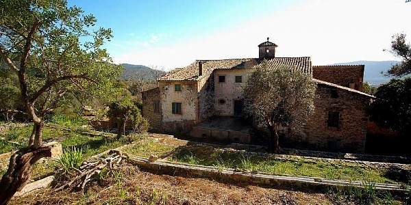 15 bedroom Finca for sale in Alaro, Mallorca