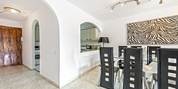 2 bedroom Apartment for sale in Cala Vinyas, Mallorca
