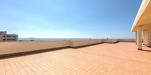 2 bedroom Apartment for sale in Paseo Maritimo, Mallorca
