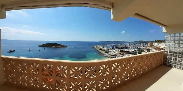2 bedroom Apartment for sale in Puerto Portals, Mallorca