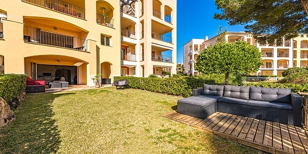 2 bedroom Apartment for sale in Santa Ponsa, Mallorca