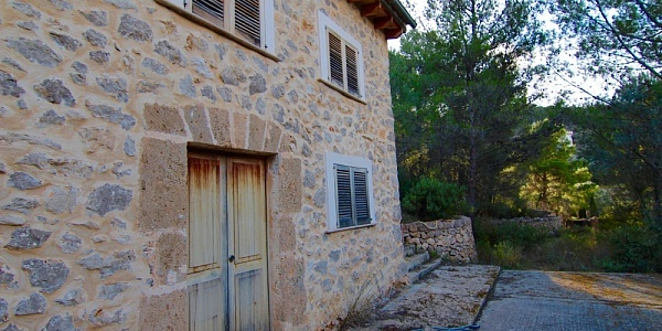 2 bedroom Finca for sale in Alaro, Mallorca