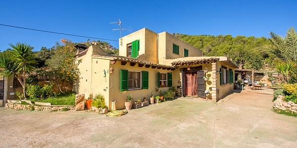 2 bedroom Finca for sale in Andratx, Mallorca
