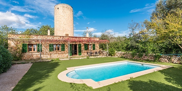 2 bedroom Finca for sale in Ariany, Mallorca