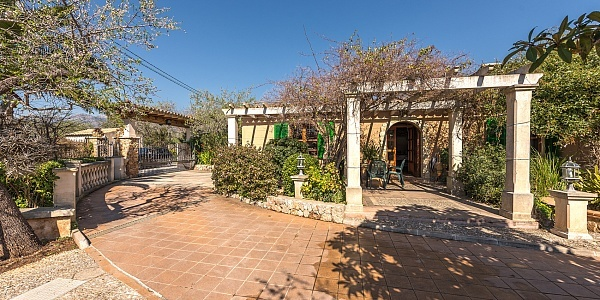 2 bedroom Finca for sale in Bunyola, Mallorca