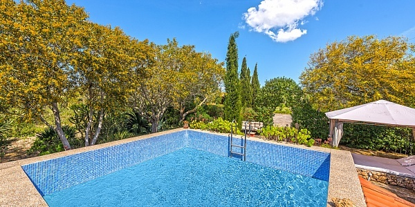 2 bedroom Finca for sale in SAranjassa, Mallorca