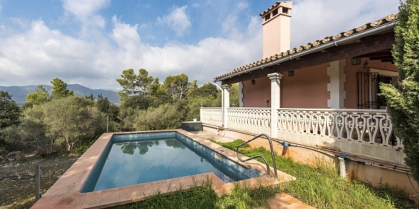 2 bedroom Finca for sale in Santa Maria del Cami, Mallorca