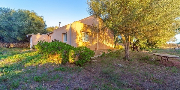 2 bedroom Finca for sale in Santanyi, Mallorca