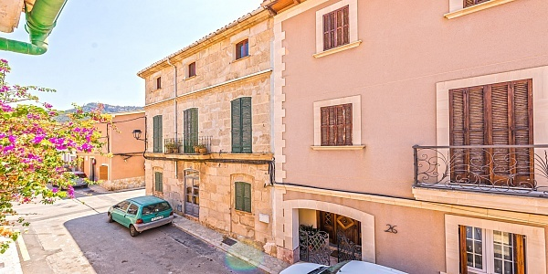 2 bedroom Townhouse for sale in Andratx, Mallorca