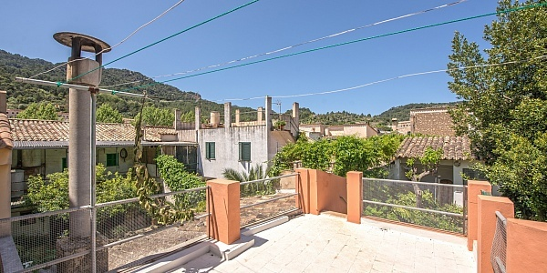 2 bedroom Townhouse for sale in Esporles, Mallorca