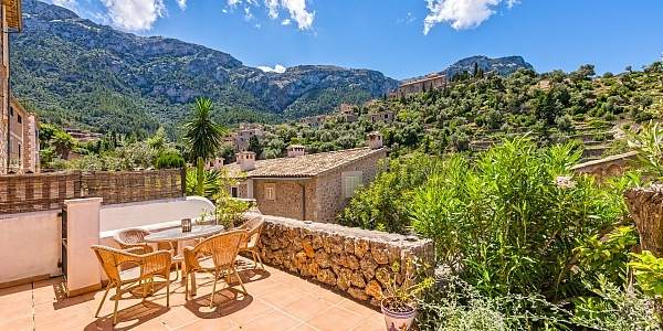 2 bedroom Villa for sale in Deià, Mallorca