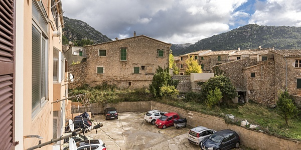 3 bedroom Apartment for sale in Valldemossa, Mallorca