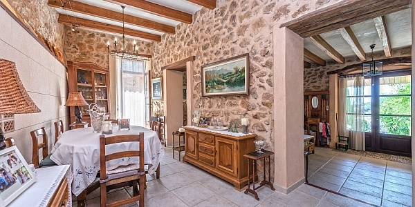 3 bedroom Finca for sale in Bunyola, Mallorca
