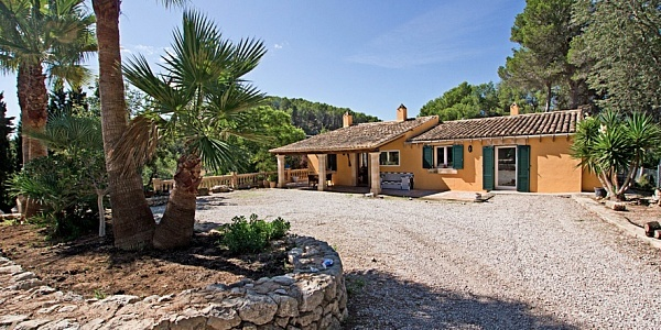 3 bedroom Finca for sale in Calvia, Mallorca