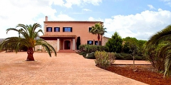 3 bedroom Finca for sale in Canyamel, Mallorca