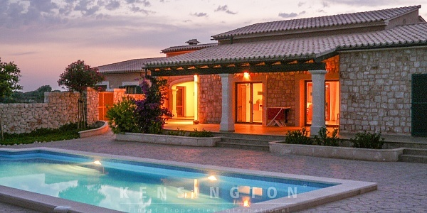 3 bedroom Finca for sale in Santanyi, Mallorca