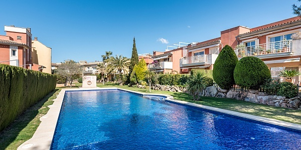 3 bedroom Townhouse for sale in Son Veri Nou, Mallorca