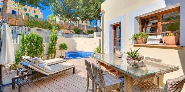 3 bedroom Villa for sale in Bendinat, Mallorca