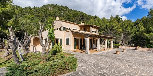 3 bedroom Villa for sale in Valldemossa, Mallorca