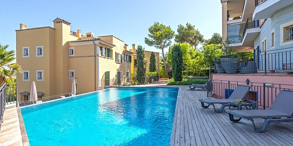 4 bedroom Apartment for sale in Bendinat, Mallorca