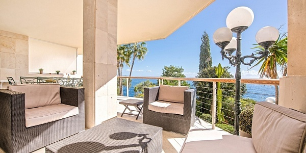 4 bedroom Apartment for sale in Cala Vinyas, Mallorca