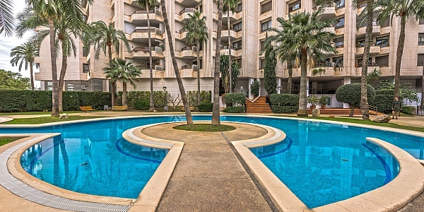 4 bedroom Apartment for sale in Paseo Maritimo, Mallorca