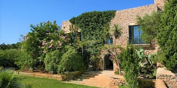 4 bedroom Finca for sale in SHorta, Mallorca