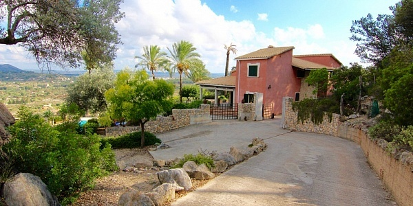 4 bedroom Finca for sale in Selva, Mallorca