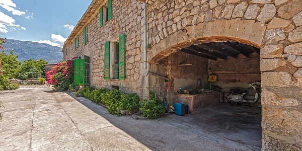 4 bedroom Finca for sale in Soller, Mallorca