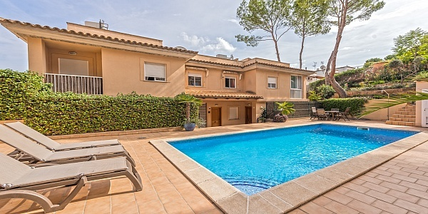 4 bedroom Townhouse for sale in Cas Catala, Mallorca
