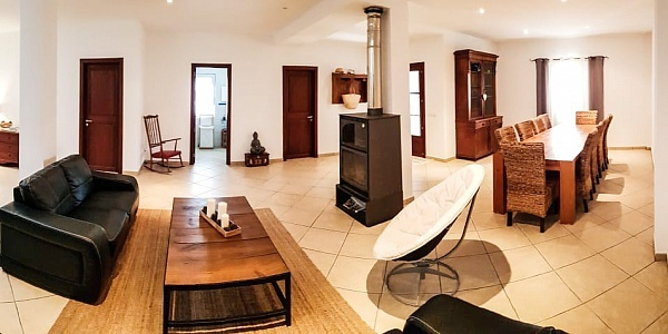 4 bedroom Townhouse for sale in Colonia de Sant Pere, Mallorca