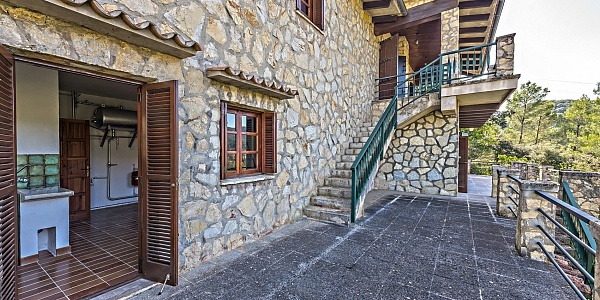 4 bedroom Townhouse for sale in Puigpunyent, Mallorca