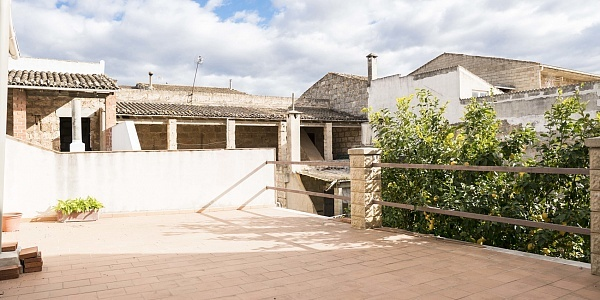 4 bedroom Townhouse for sale in Sa Pobla, Mallorca