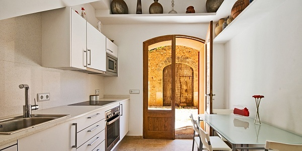 4 bedroom Townhouse for sale in Santa Maria del Cami, Mallorca