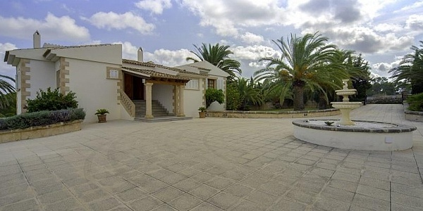 4 bedroom Villa for sale in Cala Ratjada, Mallorca